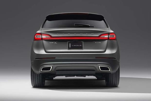 2018 Lincoln MKX: New Car Review featured image large thumb3