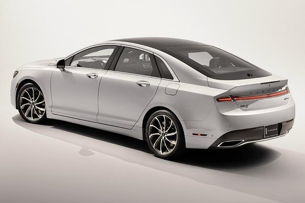2017 Lincoln MKZ: New Car Review featured image large thumb3