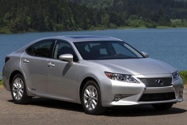 2014 Lincoln MKZ vs. 2014 Lexus ES 350: Which Is Better? featured image large thumb3