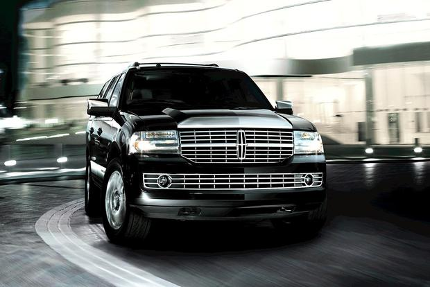 2011 Lincoln Navigator: Used Car Review featured image large thumb2