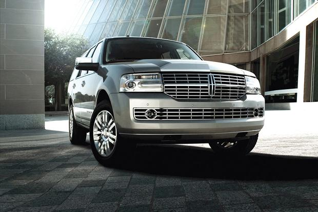 2010 Lincoln Navigator: Used Car Review featured image large thumb2