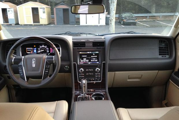 2015 Lincoln Navigator: Real World Review featured image large thumb6
