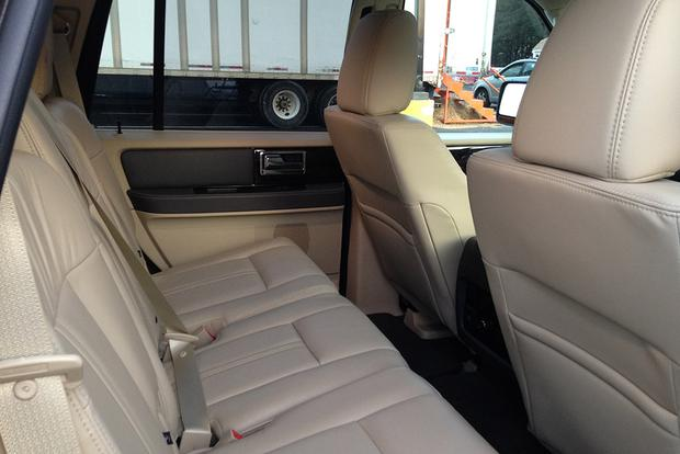 2015 Lincoln Navigator: Real World Review featured image large thumb7