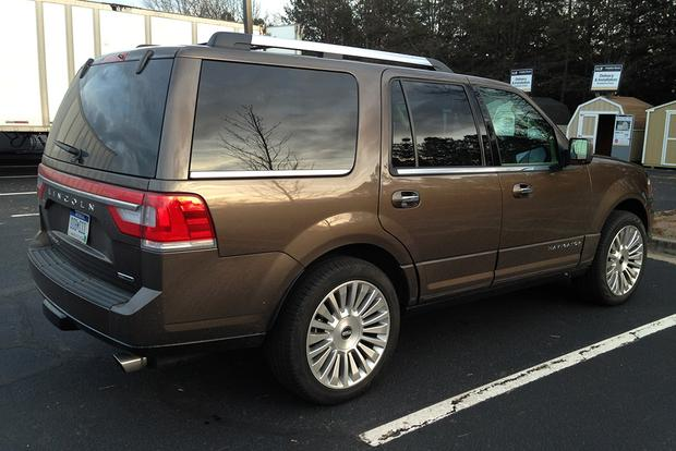 2015 Lincoln Navigator: Real World Review featured image large thumb3