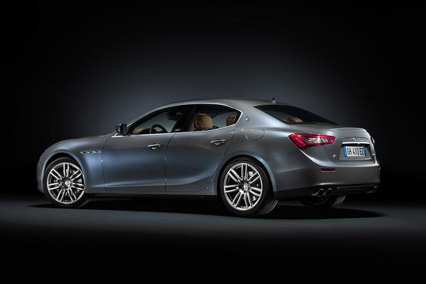 2016 Maserati Ghibli: Overview featured image large thumb2
