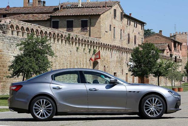 2016 Maserati Ghibli vs. 2016 Maserati Quattroporte: What's the Difference? featured image large thumb3