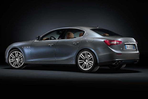2016 Maserati Ghibli vs. 2016 Maserati Quattroporte: What's the Difference? featured image large thumb6