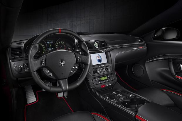 2017 Maserati GranTurismo: Overview featured image large thumb2