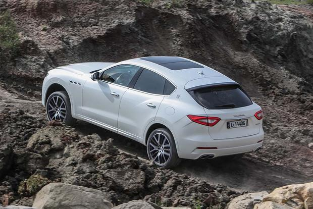 2017 Maserati Levante: Overview featured image large thumb5