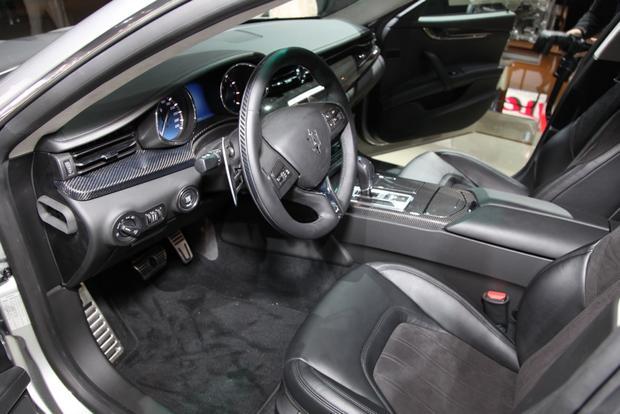 2014 Maserati Quattroporte: Detroit Auto Show featured image large thumb7