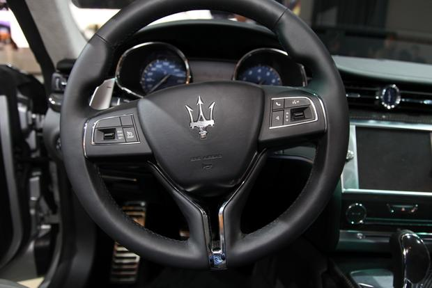 2014 Maserati Quattroporte: Detroit Auto Show featured image large thumb8