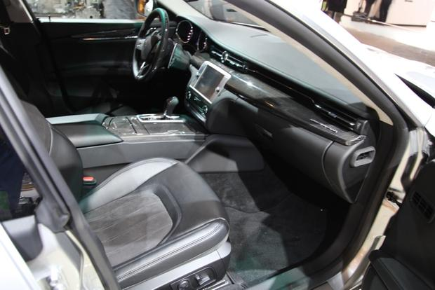 2014 Maserati Quattroporte: Detroit Auto Show featured image large thumb11
