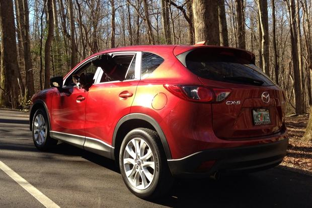 2013 Mazda CX-5: Luxury Car Amenities featured image large thumb37