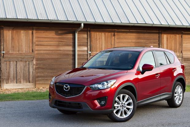 2013 Mazda CX-5: Luxury Car Amenities featured image large thumb1