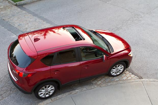 2013 Mazda CX-5: Luxury Car Amenities featured image large thumb12