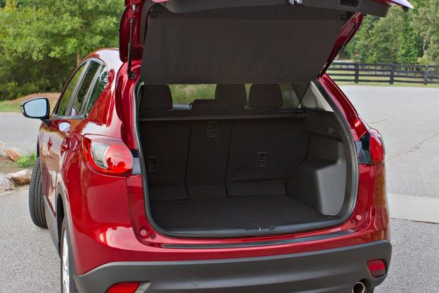 2013 Mazda CX-5: Luxury Car Amenities featured image large thumb29