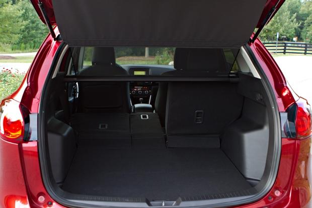 2013 Mazda CX-5: Luxury Car Amenities featured image large thumb31