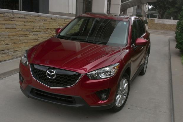 2013 Mazda CX-5: Good Looks and Cool Features featured image large thumb0