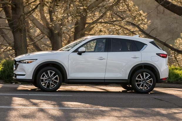 2017 Mazda CX-5 vs. 2017 Honda CR-V: Which Is Better? featured image large thumb4