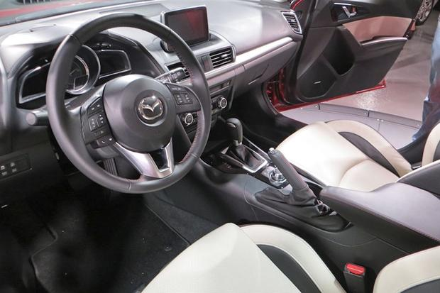 2014 Mazda3 Officially Unveiled featured image large thumb6