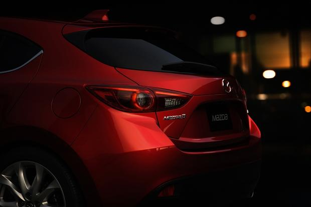 2014 Mazda3: More Photos featured image large thumb12