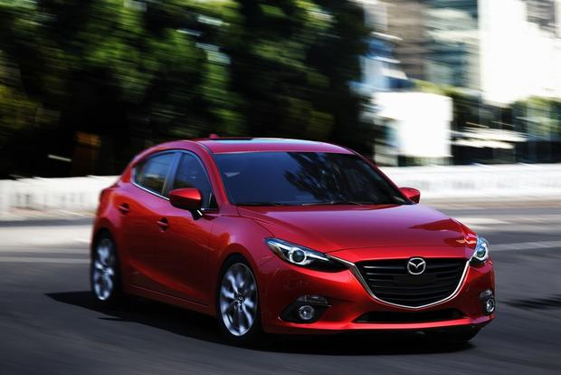 2014 Mazda3: More Photos featured image large thumb3