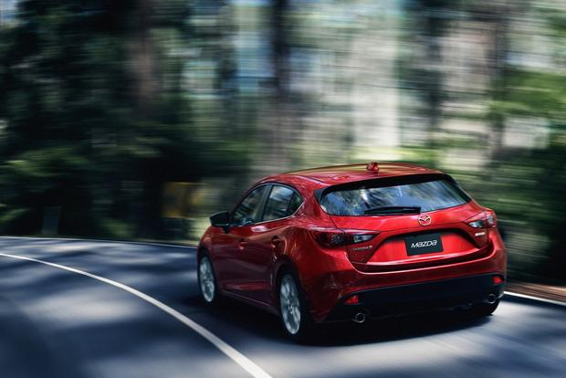 2014 Mazda3: More Photos featured image large thumb4