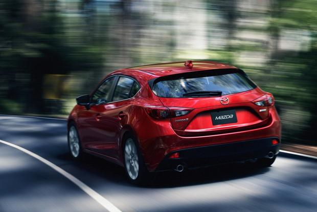 2014 Mazda3: More Photos featured image large thumb6