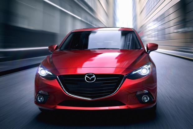 2013 vs. 2014 Mazda3 featured image large thumb4