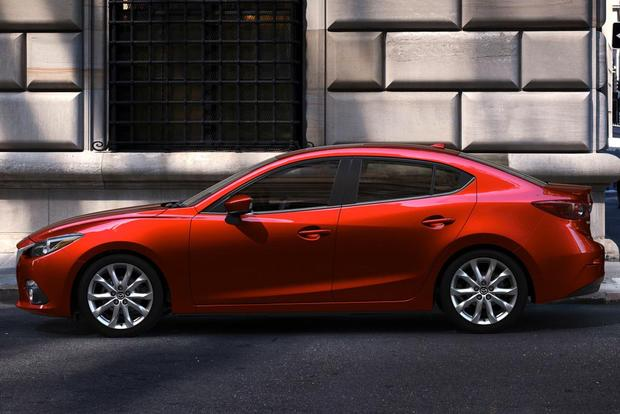 2014 Mazda3 vs. 2014 Toyota Corolla: Which Is Better? featured image large thumb0