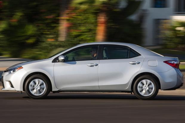 2014 Mazda3 vs. 2014 Toyota Corolla: Which Is Better? featured image large thumb1