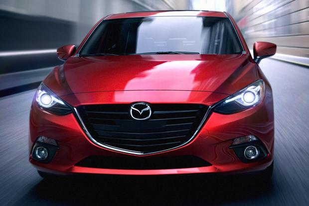 2014 Mazda3 vs. 2014 Toyota Corolla: Which Is Better? featured image large thumb2