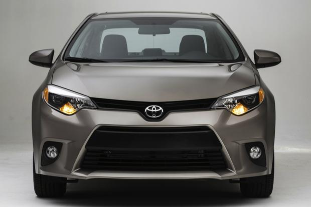2014 Mazda3 vs. 2014 Toyota Corolla: Which Is Better? featured image large thumb3