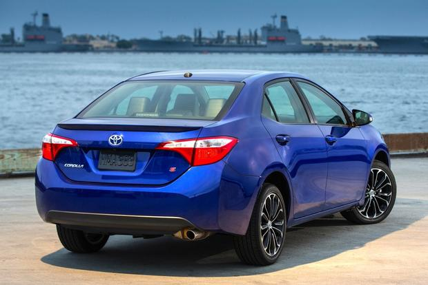 2014 Mazda3 vs. 2014 Toyota Corolla: Which Is Better? featured image large thumb5