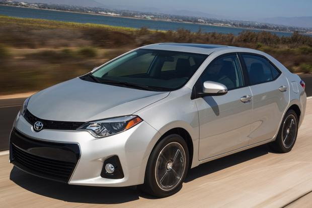 2014 Mazda3 vs. 2014 Toyota Corolla: Which Is Better? featured image large thumb11