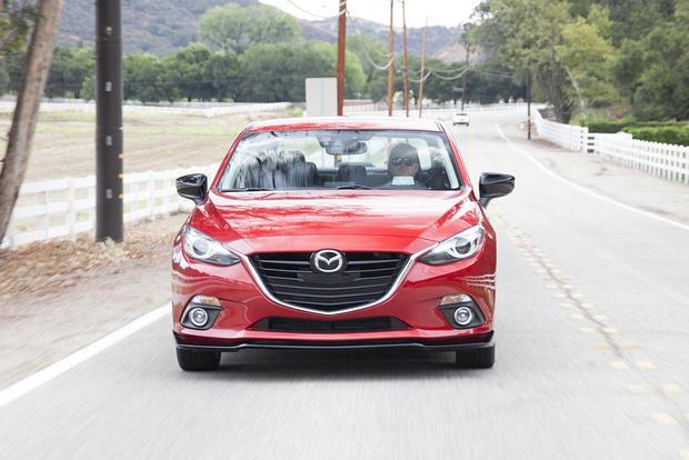 2016 Mazda3: New Car Review featured image large thumb3