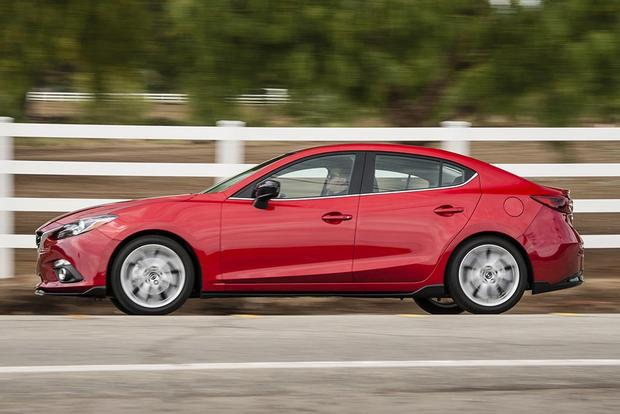 2016 Mazda3: New Car Review featured image large thumb4