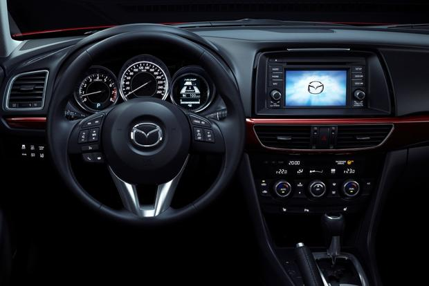 2014 Mazda6 Debuts at Moscow Motor Show featured image large thumb6