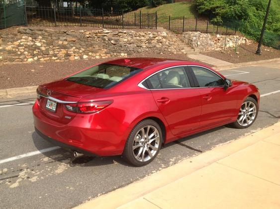 2014 Mazda6: Easily Updated featured image large thumb1