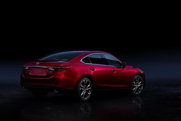 2017 Mazda6: New Car Review featured image large thumb4