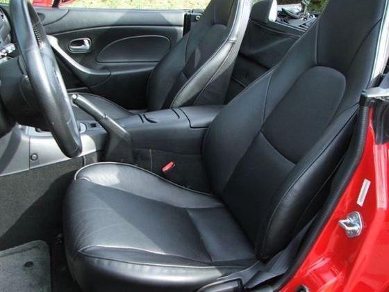 2005 Mazda Mx-5 Miata: Image Gallery featured image large thumb9