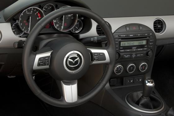 2012 Mazda MX-5 Miata: New Car Review featured image large thumb6