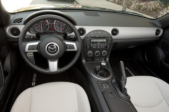 2012 Mazda MX-5 Miata: New Car Review featured image large thumb8