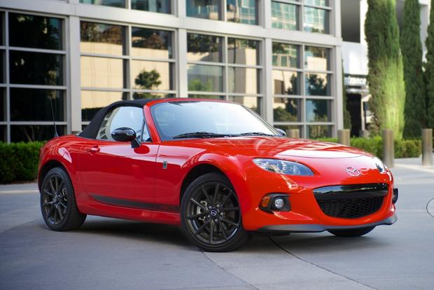 2015 vs. 2016 Mazda MX-5 Miata: What's the Difference? featured image large thumb12
