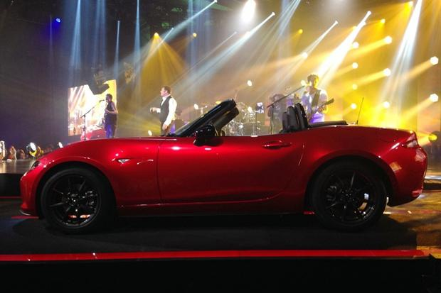 2016 Mazda MX-5 Miata Unveiled in Monterey featured image large thumb4