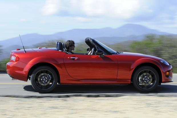 2015 Mazda MX-5 Miata: New Car Review featured image large thumb1