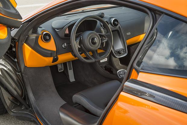 2016 McLaren 570S: Overview featured image large thumb3