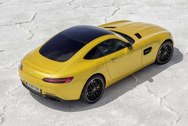 2017 Mercedes-AMG GT: Overview featured image large thumb1