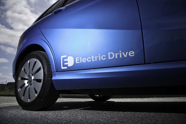 2014 Mercedes-Benz B-Class Electric Drive: First Drive Review featured image large thumb3