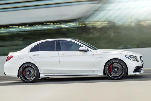 2015 Mercedes-Benz C-Class: New Car Review featured image large thumb7